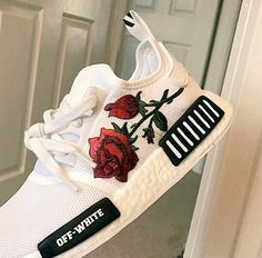 OFF WHITE X ADIDAS NMD TRAINER