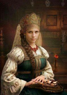 Zlata Maja – Maja zlatogorka Slovenian goddess of nature Zlata Maja (and/or Maja… Russian Beauty, Russian Fashion, Russian Folk, Russian Art, Mode Russe, Russian Culture, Foto Art, Folk Costume, Historical Clothing