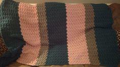 Crochet shell blanket