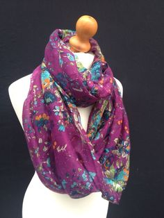 PRETTY VINTAGE PURPLE LEAF FLORAL LADIES SNOOD SCARF COWL WRAP