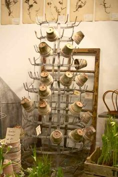 drying rack with clay pots Garden Junk, Garden Pots, Garden Sheds, Shed Decor, Greenhouse Shed, Potting Tables, Flea Market Style, French Decor, Nature Decor