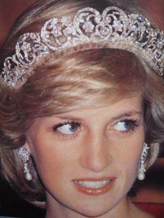 Naomi watts is no Princess Diana