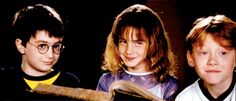 daniel radcliffe, emma watson, and hermione granger image Harry Potter Hermione, Harry James Potter, Hermione Granger, Ron And Hermione, Harry Potter Characters, Harry Potter World, Ron Weasley, Hermione Gif, Hogwarts