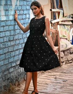Black Leaf Fit and Flare Dress from the house of Threeness. How adorable is this Fit-N-Flare dress! Pink Prom Dresses, Short Dresses, Girls Dresses, Fit N Flare Dress, Fit And Flare, Short Frocks, Western Wear Dresses, Frock Dress, One Piece Dress