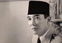 INDONESIAComment.com: Ir Soekarno: Khilafah No, Pancasila Yes!