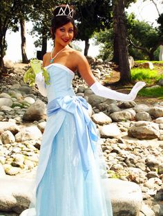 Disney Tiana Hot | Cosplay Friday: Tiana Struts Her Stuff