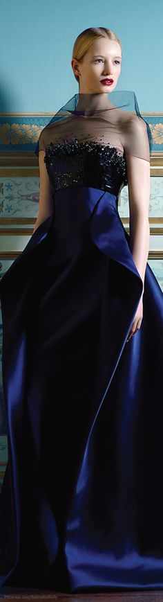 ♥ Romance of the Maiden ♥ couture gowns worthy of a fairytale - Armani Prive Haute Couture Source by dresses Armani Prive, Style Couture, Couture Fashion, London Fashion, Beautiful Gowns, Beautiful Outfits, Traje Black Tie, Photography Tattoo, Style Bleu