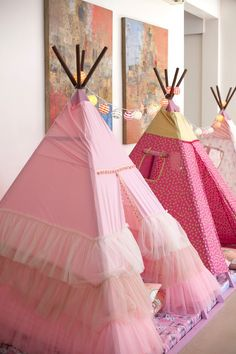 "On the lookout for a birthday party that screams ""all-girl! Don't miss this Sleepover Birthday Party at Kara's Party Ideas with the best party ideas! Sleepover Birthday Parties, Girl Sleepover, Birthday Ideas, Teepee Party, Pink Parties, Spa Party, Childrens Party, Princess Party, Teepees"
