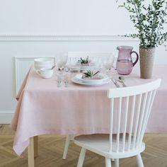 Roze linnen tafellaken E 59,95