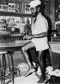 Lee 'Scratch' Perry- producer, pioneer, the Salvador Dali of reggae Dancehall Reggae, Reggae Music, Reggae Artists, Music Artists, Music Is Life, My Music, Music Stuff, Lee Perry, Afro