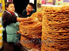 RECIPES: Buñuelos. Enormes y muy ricos.  Típicos en las ferias. Recipes for these are in the chapter on Christmas in Mexico, at http://www.amazon.com/Celebraciones-Mexicanas-Traditions-AltaMira-Gastronomy/dp/0759122814
