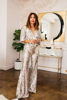 party Outfit The Deets on THE Zara Sequin Jumpsuit NYE outfit: zara sequin jumpsuit Nye Outfits, Outfits Casual, Comfortable Outfits, Dress Outfits, Club Outfits, Disco Outfits For Women, Club Dresses, Dance Dresses, Sequin Outfit