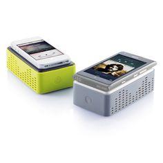 Altavoz inalámbrico. Simplemente colocando cualquier teléfono encima del altavoz, que amplificará su sonido. www.tusregalosdeempresa.com