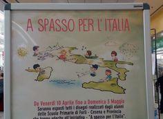 """Centro Commerciale di Forlmpopoli, i bambini di alcune scuole elementari (scuola primaria) illustrano l'Italia per il progetto """"A spasso per l'Italia""""."""