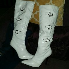 OH LA LA  sexy boots Great pair of boots gently used. Some minor scuffs hardly noticeable. Diba Shoes Heeled Boots