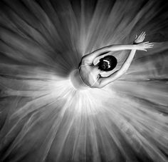 Beautiful ballerina. ✯ Ballet beautie, sur les pointes ! ✯
