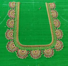 Pearl with Kundan stone works are always add extra beauty . Fancy Blouse Designs, Bridal Blouse Designs, Blouse Neck Designs, Sleeve Designs, Stone Work Blouse, Mirror Work Blouse, Maggam Work Designs, Back Neck Designs, Hand Embroidery Designs