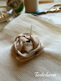 Todolwen (new): Seam Binding Roses~ How To...BEAUTIFUL!!