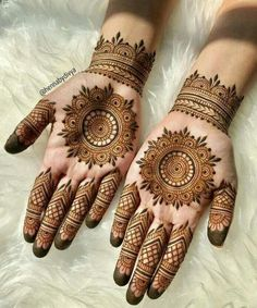 Explore the list of best and trending mehndi designs for every occasion. Latest mehndi designs for your wedding or any other events Henna Hand Designs, Circle Mehndi Designs, Round Mehndi Design, Mehndi Designs Finger, Mehndi Designs 2018, Mehndi Designs For Girls, Mehndi Design Photos, Unique Mehndi Designs, Mehndi Designs For Fingers