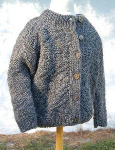 Klassisk Jakke, Læsø Hedegarn. 2-10 years Knitting For Kids, Crochet For Kids, Baby Knitting, Knit Crochet, Men Sweater, Knit Sweaters, Knitting Patterns, Baby Knits, Children