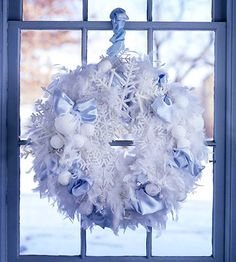A winter wonderland wreath to celebrate the first day of winter!