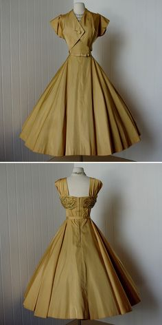 vintage 1950s dress ...decadent rich matte gold par traven7