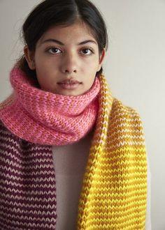 Ravelry: Stripey Tube Scarf pattern by Purl Soho Easy Knitting, Loom Knitting, Knitting Needles, Finger Knitting, Knitting Tutorials, Purl Bee, Tube Scarf, Cowl Scarf, Purl Soho