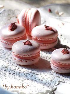 Sakura Macaron - something for Spring Festival this year? ^^