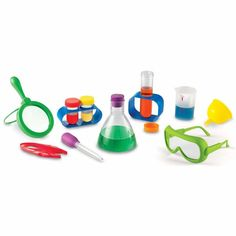 Perfectly sized science tools support early hands-on science investigations. Activity cards introduce science process skills, living and nonliving things, physical science, senses and more. Science Process Skills, Science Tools, Science Kits, Plant Science, Science Ideas, Science Nature, Primary Science, Preschool Science, Science For Kids