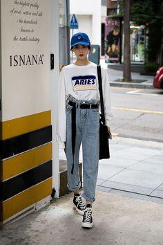 Jelly Zhao, Street Fashion 2017 in Seoul #koreanstreetfashion,