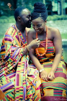 Ghanaian groom and bride in their kente wear. (via how i view Africa) African Traditional Wedding, Traditional Dresses, Traditional Weddings, African Attire, African Dress, African Beauty, African Fashion, African Style, Dress Code