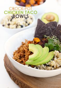 Make these clean eating crock-pot chicken taco bowls at the beginning of the week to meal prep for the days to come! This recipe is gluten and preservative free!