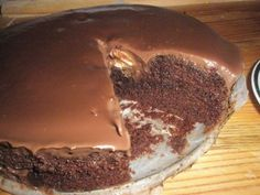 MILKA kakaový koláčik - Dobruchut.sk Pudding, Desserts, Food, Tailgate Desserts, Deserts, Custard Pudding, Essen, Puddings, Postres