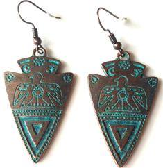 Highlighted by a Turquoise Verde Gris. over a copper finished alloy. Tribal Earrings, Pendant Earrings, Tribal Jewelry, Bohemian Jewelry, Women's Earrings, Vintage Bohemian, Bohemian Style, Vintage Turquoise, Turquoise Pendant