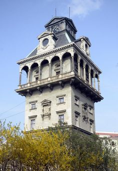 Novorenesanční vodárenská věž v Praze na Letné z roku 1888. Původnímu účelu sloužila v letech 1888 až 1913.