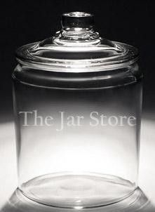 2 Gallon / 8 qt / 256 oz Anchor Heritage Hill Jar w Glass Cover This shop seems like a great resource for glass jars of all sorts. Food Storage Containers, Jar Storage, Glass Containers, Pantry Storage, Kitchen Organization, Organization Ideas, Freetress Deep Twist, Kitchen Jars, Kitchen Decor