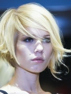 chic side swept bob