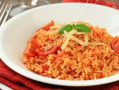 Paradicsomos rizottó Recept képpel - Mindmegette.hu - Receptek Slow Cooker Recipes, Diet Recipes, Cooking Recipes, Italian Rice Dishes, Parmesan Risotto, Tomato Rice, Tomato Soup, Jollof Rice, Italian Recipes