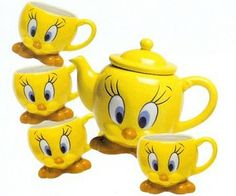 Tweety Bird Tea Set  I gotta have this ...lol