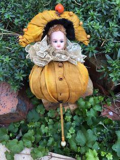 wonderful antique french marotte bisque doll head