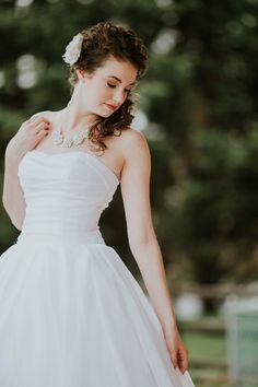 Sarah Brookhart Photography www.sarahbrookhart.com winter wedding bride