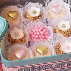 Chocolate Fondant, Chocolate Desserts, Mini Desserts, Christmas Desserts, Mini Cakes, Cupcake Cakes, Candy Drinks, Party Sweets, Sweet Bar