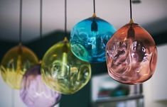 THE RELAXED GLAMOUR I HERNE BAY - Lou Brown Textured Wallpaper, Blown Glass Pendant Light, Custom Displays, Christmas Bulbs, Floral Arrangements, Hand Blown Glass, Blown Glass Pendant, Holiday Decor, Ceiling Lights