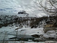 Sulla nostra #Community di #Google+ la nostra amica Antonella Gambuli condivide questa bella immagine della Diga di Codelago all'Alpe Devero, dove, ci dice, è ancora inverno!