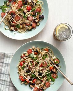 Refreshing Weeknight Dinners to Make This Week 5 Refreshing Weeknight Dinners to Make This Week. Because it's HOT out Refreshing Weeknight Dinners to Make This Week. Because it's HOT out there. Salad Recipes For Dinner, Pasta Salad Recipes, Entree Recipes, Cooking Recipes, Orzo, Cold Pasta Dishes, Yogurt, Weeknight Dinners, Sicily