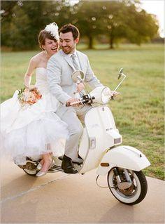 【彼氏が喜ぶ】お洒落なバイク♥ウェディングのアイディア【新婦が可愛く見える】 - NAVER まとめ