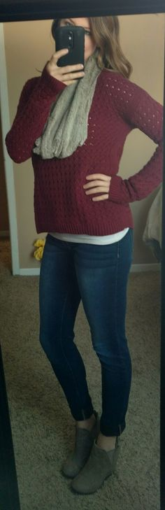 Look of the Day 11/16/17:: Cozy sweater, scarf, skinny jeans, booties
