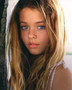 Is this the girl that plays Alison on Pretty Little Liars when she's older? Pretty Little Liars, Angels Beauty, Sasha Pieterse, Le Jolie, Beautiful Eyes, Amazing Eyes, Amazing Hair, Beautiful Person, Beautiful Children