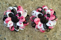 Minnie Mouse 2 pigtail hair bows Shocking pink por MyLuckyHairBow