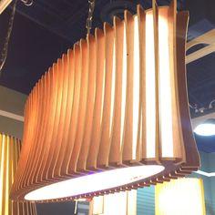 Un favorito personal de mi tienda de Etsy https://www.etsy.com/es/listing/514854338/lampara-de-lampara-de-madera-esmeralda